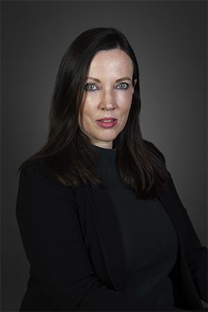 exec-Angela van Hoffen